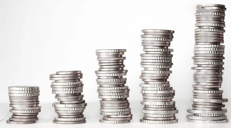 Via ansøgningen i toppen laver du en låneforespørgsel hos flere forskellige banker